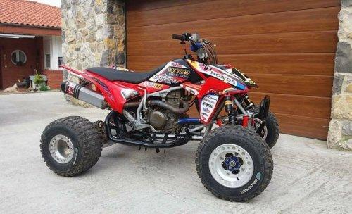 Motos Castañera