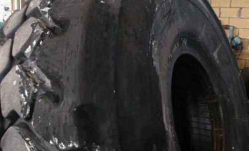 Acabado de la reparación del neumático 29,5 R 25